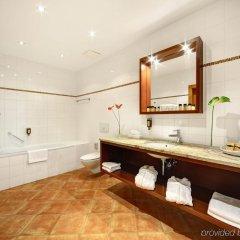 Отель Grandhotel Brno Брно ванная