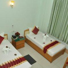 Отель Golden Kinnara Hotel Мьянма, Лашио - отзывы, цены и фото номеров - забронировать отель Golden Kinnara Hotel онлайн комната для гостей фото 4