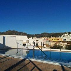 Отель Marina Испания, Курорт Росес - отзывы, цены и фото номеров - забронировать отель Marina онлайн бассейн фото 2