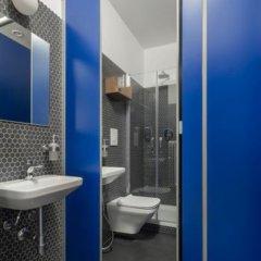 Отель Babila Hostel & Bistrot Италия, Милан - 1 отзыв об отеле, цены и фото номеров - забронировать отель Babila Hostel & Bistrot онлайн ванная фото 2