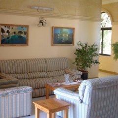 Отель San Antonio Guest House Мунксар комната для гостей