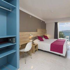 Hotel Playasol Maritimo сейф в номере