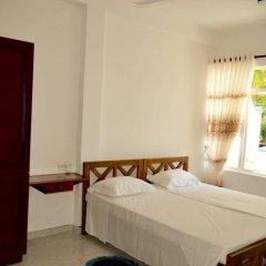 Отель Di Sicuro Inn Шри-Ланка, Хиккадува - отзывы, цены и фото номеров - забронировать отель Di Sicuro Inn онлайн комната для гостей фото 5