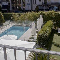 Отель Hôtel Le Canberra - Hôtels Ocre et Azur бассейн фото 2