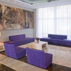 Отель Aparthotel CYE Holiday Centre Испания, Салоу - 4 отзыва об отеле, цены и фото номеров - забронировать отель Aparthotel CYE Holiday Centre онлайн интерьер отеля