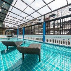 Отель Ama Hostel Bangkok Таиланд, Бангкок - отзывы, цены и фото номеров - забронировать отель Ama Hostel Bangkok онлайн бассейн