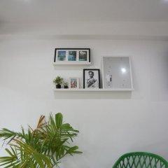 Отель Room 218 - Dorm For Rent - Adults Only Бангкок интерьер отеля фото 3