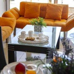 Отель Fig Tree Bay Apartments Кипр, Протарас - отзывы, цены и фото номеров - забронировать отель Fig Tree Bay Apartments онлайн питание фото 2