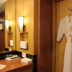 The Hans Hotel New Delhi ванная