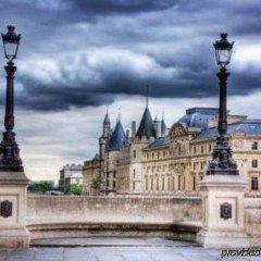 Отель Fontaines Du Luxembourg Париж приотельная территория