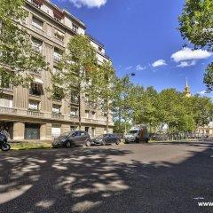 Апартаменты Cozy Apartment next to Eiffel Tower парковка