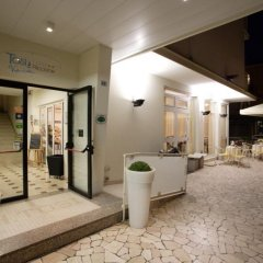 Hotel Tosi интерьер отеля