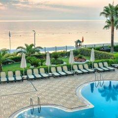 Hotel Golden Lotus - All Inclusive бассейн