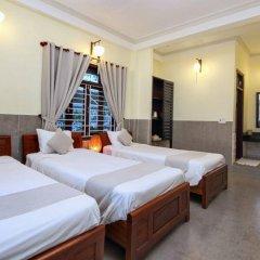 Отель Loc Phat Homestay Хойан комната для гостей фото 3
