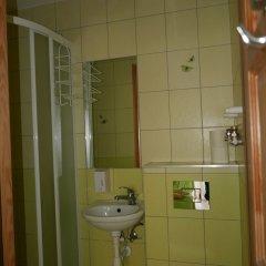 Отель Хостел Sopotiera Pokoje Goscinne Польша, Сопот - отзывы, цены и фото номеров - забронировать отель Хостел Sopotiera Pokoje Goscinne онлайн ванная фото 8