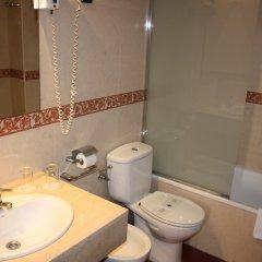 Отель Sunotel Aston Испания, Барселона - 5 отзывов об отеле, цены и фото номеров - забронировать отель Sunotel Aston онлайн ванная