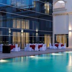 Radisson Blu Hotel, Ajman бассейн фото 2