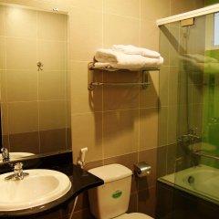 DMZ Hotel ванная фото 2