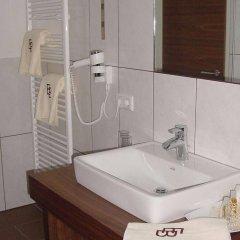 Отель EB Hotel Garni Австрия, Зальцбург - 1 отзыв об отеле, цены и фото номеров - забронировать отель EB Hotel Garni онлайн ванная
