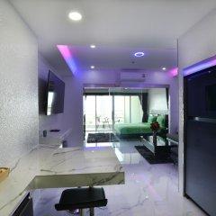 Отель Blue Ocean Suite Паттайя фитнесс-зал