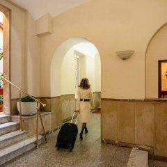 Amalia Vaticano Hotel интерьер отеля