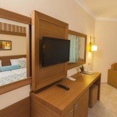 Iz Flower Side Beach Hotel All Inclusive Турция, Сиде - отзывы, цены и фото номеров - забронировать отель Iz Flower Side Beach Hotel All Inclusive онлайн удобства в номере