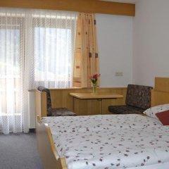 Отель Pension Talblick Горнолыжный курорт Ортлер сейф в номере
