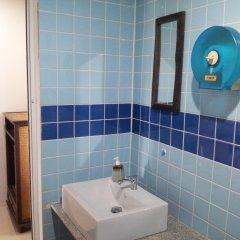 Отель Toff Lanta Guest House Ланта ванная