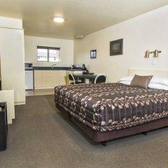 Отель Colonial Manor Motel комната для гостей фото 3