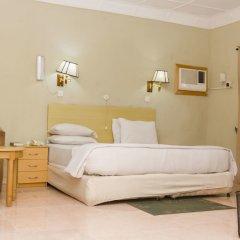 Отель EEMJM Hotels and Suites Limited комната для гостей