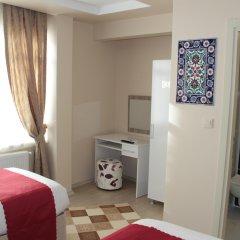 Nagehan Hotel Old City сейф в номере
