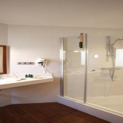Отель Madanis Apartamentos Испания, Оспиталет-де-Льобрегат - отзывы, цены и фото номеров - забронировать отель Madanis Apartamentos онлайн ванная фото 2