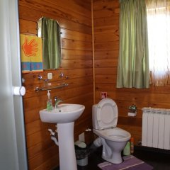 Гостиница Zagorodniy в Новосибирске отзывы, цены и фото номеров - забронировать гостиницу Zagorodniy онлайн Новосибирск ванная