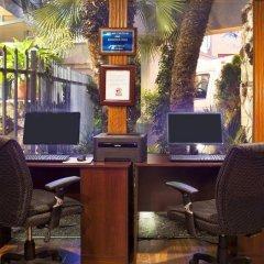 Отель Travelodge Hotel at LAX США, Лос-Анджелес - отзывы, цены и фото номеров - забронировать отель Travelodge Hotel at LAX онлайн интерьер отеля
