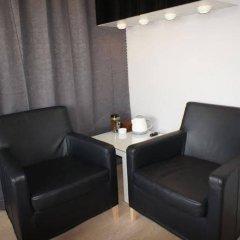Отель Bed & Breakfast Stockholm at Mariatorget удобства в номере фото 2