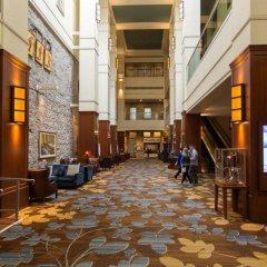 Отель Hyatt Regency Calgary Канада, Калгари - отзывы, цены и фото номеров - забронировать отель Hyatt Regency Calgary онлайн интерьер отеля