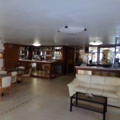 Отель Fellini Rimini Римини гостиничный бар
