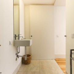 Отель Combro Suites by Homing сейф в номере