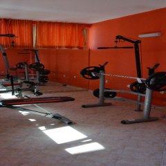 TM Deluxe Hotel фитнесс-зал фото 3