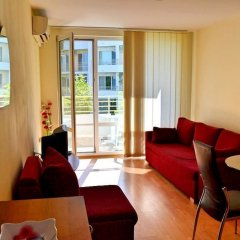 Апартаменты Apartment in Nessebar Fort Club комната для гостей