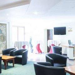 Отель County House Of Brussels Брюссель гостиничный бар