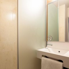 Отель B&B Hôtel Paris Châtillon ванная