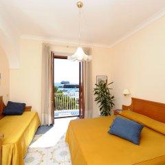 Отель La Bussola Италия, Амальфи - 1 отзыв об отеле, цены и фото номеров - забронировать отель La Bussola онлайн комната для гостей фото 5
