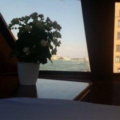 Отель Yacht Sarah Venezia комната для гостей фото 3