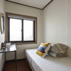 Отель Jiwoljang Guest House Сеул комната для гостей фото 6