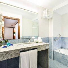 Отель Aparthotel Costa Encantada Испания, Льорет-де-Мар - 3 отзыва об отеле, цены и фото номеров - забронировать отель Aparthotel Costa Encantada онлайн ванная