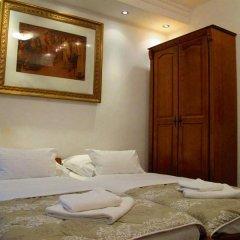 Отель Villa Ivana сейф в номере
