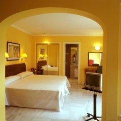 Отель Villa Albero сейф в номере
