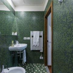 Отель Casa Tina Италия, Флоренция - отзывы, цены и фото номеров - забронировать отель Casa Tina онлайн ванная