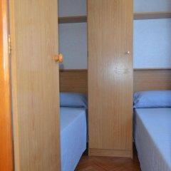 Отель Camping Victoria Испания, Канет-де-Мар - отзывы, цены и фото номеров - забронировать отель Camping Victoria онлайн удобства в номере фото 2